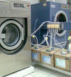 BIO CLEAN - Nedves tisztítás - Esküvői ruha tisztítása a3a1686ebf